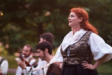 Elizabeth Rentfro (Jaques) and musicians